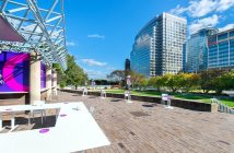 A photo of an outdoor coworking space in Rosslyn, Virginia.